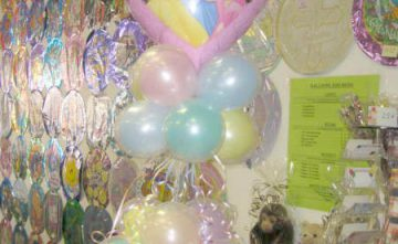 Adorno con globos Estepona