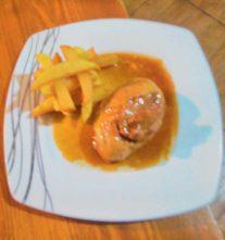 Cordero relleno de foie gras con salsa de caramelo