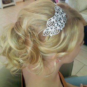 Recogidos para novias y fiestas Peluquería en Estepona