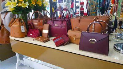 Gran variedad en bolsos de mujer
