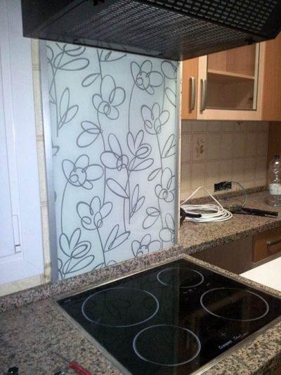 Restauración de azulejos de cocina, cristalería
