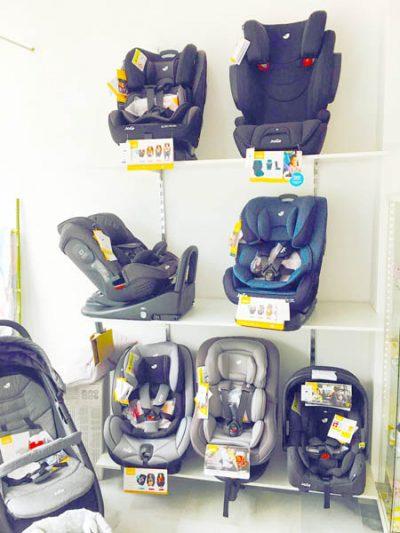 Sillas de coches a contra marcha para bebés