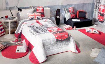 Colchas, cojines y cortinas en conjunto para dormitorios juveniles