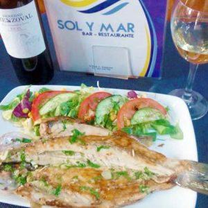 Lubina a la Espalda Bar Restaurante SOL y MAR